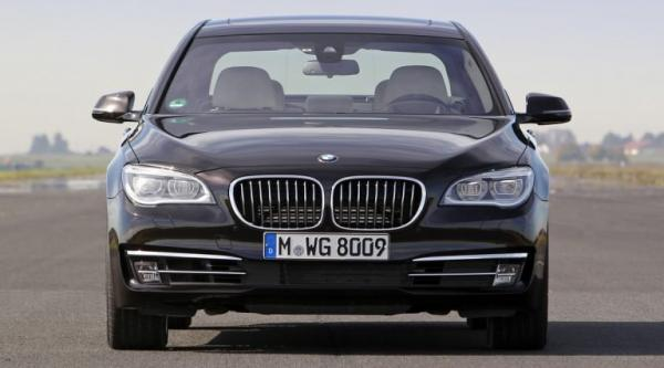 Review bmw 7 generation != null? Model.Item1.TitleEn.TitleCorrector():Model.Item1.Title.TitleCorrector()